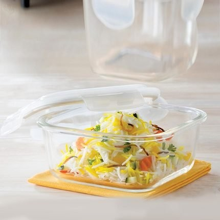 Borosil Klip & Store Square Containers with Lid, 520ml