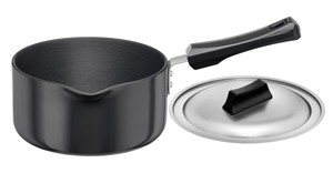 Hawkins Futura Saucepan IS21 2L With Lid