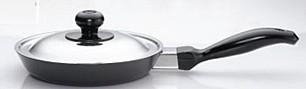 Hawkins Futura Frying Pan Q06 With Lid