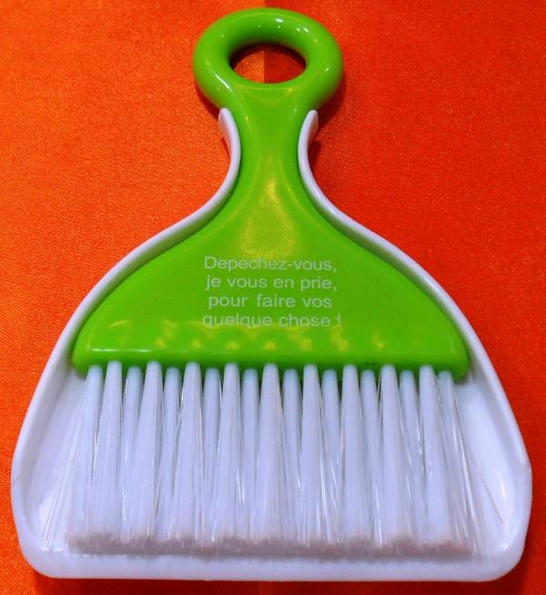 Suresh Silicone Brush 112