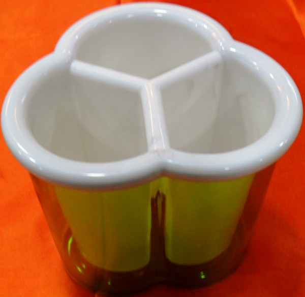 Manya Plastic Spoon Stand